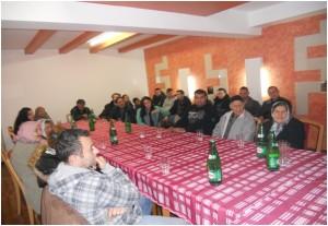 Sastanak Roma koji su preživjeli Holokaust
