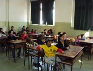 """Romska djeca u Osnovnoj školi """"Hamdija Kreševljaković"""""""